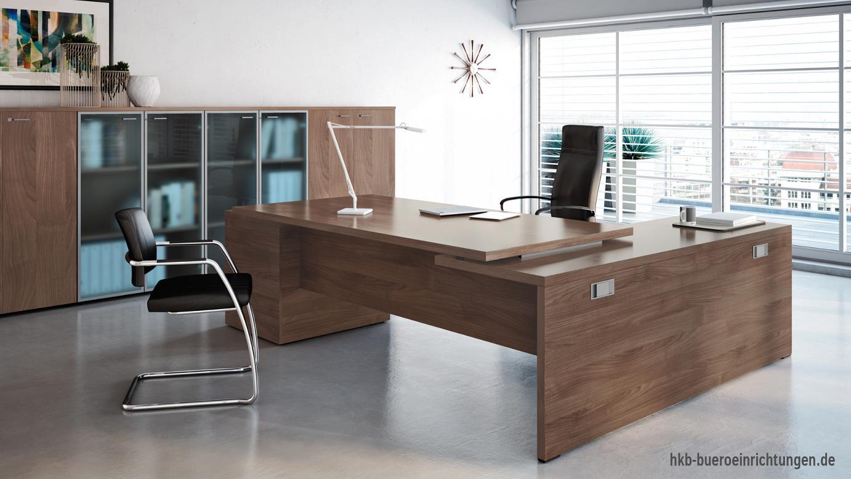 Chefschreibtische + Chefbüro