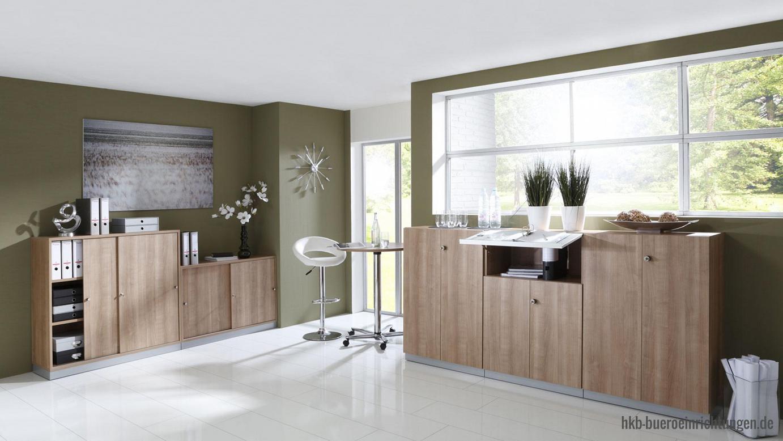 Büromöbel günstig Schiebetürenschrank mit 3 Ordnerhöhen auf Sockel Highboard Breite 240 cm bestehend aus drei Schrankelementen