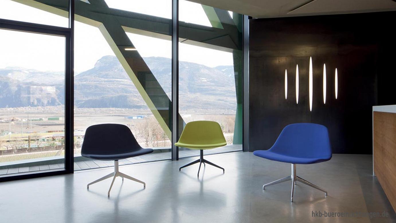 Lounge Sessel in verschiedenen Farben mit Design Aluminium Fußgestell
